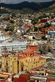 Casas coloridas en Guanajuato Imágenes de archivo libres de regalías