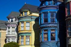 Casas coloridas en San Francisco Foto de archivo libre de regalías