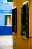 Casas coloridas en Venecia Italia Foto de archivo libre de regalías