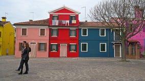 Casas coloridas na ilha de Burano filme