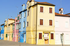 Casas coloridas na ilha de Burano, Veneza, Itália Foto de Stock Royalty Free