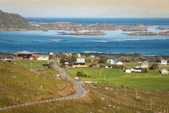 Casas coloridas norueguesas tradicionais, ilhas de Lofoten, Noruega Foto de Stock