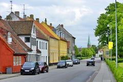 Casas coloridas típicas en Dinamarca, imagen de archivo libre de regalías