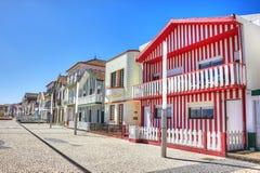Casas com as listras coloridas em Costa Nova Imagem de Stock