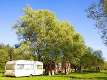 Casas de acampamento velhas e novas Foto de Stock Royalty Free