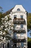 Casas de apartamento viejas Imagen de archivo libre de regalías
