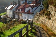 Casas de campo de Sandsend fotos de stock royalty free