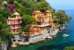 Casas de campo do beira-mar em Italy Imagem de Stock Royalty Free