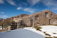 Casas de campo en Picos de Europa Imágenes de archivo libres de regalías