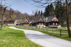 Casas de campo no campo imagem de stock