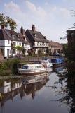 Casas de campo pitorescas do beira-rio em Tewkesbury, Gloucestershire, Reino Unido Fotografia de Stock