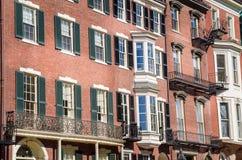 Casas de cidade renovadas foto de stock