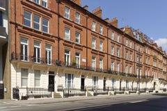 Casas de cidade terraced Georgian, Londres riqueza fotos de stock royalty free