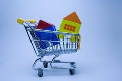 Casas de compra Imagem de Stock Royalty Free