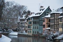 Casas de Estrasburgo durante invierno Fotografía de archivo libre de regalías