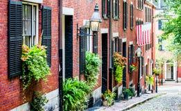 Casas de fila del ladrillo rojo en Boston Fotografía de archivo libre de regalías