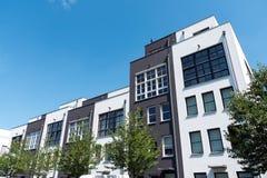 Casas de fileira modernas em Berlim imagens de stock royalty free