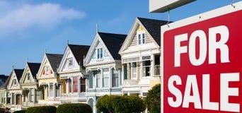 Casas de fileira para a venda em San Francisco fotografia de stock royalty free