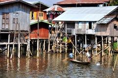 Casas no lago Inle, Myanmar Burma Fotografia de Stock Royalty Free