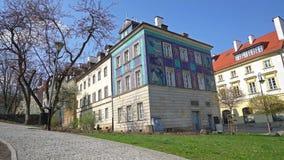 Casas de la ciudad vieja en Varsovia metrajes