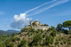 Casas de la colina en Calabria, Italia foto de archivo libre de regalías