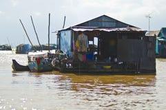 Casas de la savia de Tonle, Camboya Foto de archivo libre de regalías