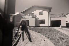 Casas de las propiedades inmobiliarias?, planos para la venta o para el alquiler foto de archivo libre de regalías