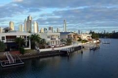 Casas de Laxury en la isla Gold Coast Australia de Macintosh Imagen de archivo