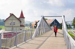 Casas de madeira em Bydgoszcz, Polônia fotos de stock royalty free