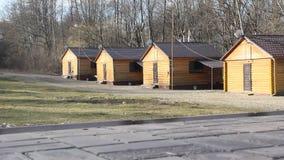 Casas de madeira na costa, língua de terra, Florida, E video estoque