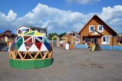 Casas de madeira novas para a venda Imagem de Stock