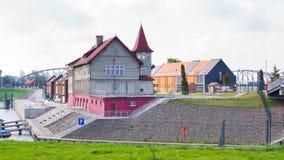 Casas de madera en Bydgoszcz, Polonia Foto de archivo libre de regalías