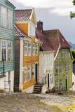 Casas de madera en el museo del aire abierto de Bergen vieja Foto de archivo libre de regalías