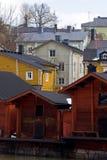 Casas de madera en Finlandia Foto de archivo libre de regalías