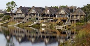 Casas de madera en la costa, lengua de territorio, la Florida, los E.E.U.U. imágenes de archivo libres de regalías
