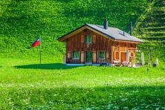 Casas de madera en Steg, Malbun, en Lichtenstein, Europa Imagen de archivo