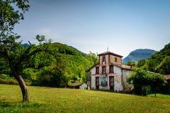 Casas de piedra en las montañas Fotografía de archivo