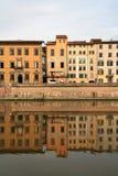 Casas de Pisa - de Toscana Foto de archivo