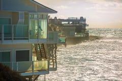 Casas de praia da maré alta Foto de Stock Royalty Free
