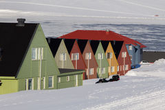 Casas de Residental en Longyearbyen, Spitsbergen (Svalbard) Norwa Fotos de archivo