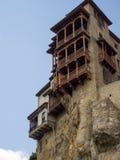 Casas de suspensão em um penhasco em Cuenca Fotografia de Stock