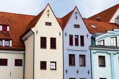 Casas de telhado de telha vermelha em Riga Foto de Stock Royalty Free