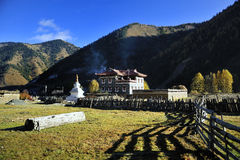 Casas de Tibet Imagens de Stock Royalty Free