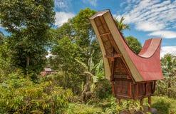 Casas de Tongkonan, edificios de Torajan, Tana Toraja, Sulawesi Imagen de archivo