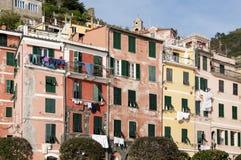 Casas de Vernazza imagen de archivo libre de regalías