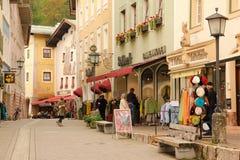 Casas decoradas na cidade velha Berchtesgaden germany imagens de stock royalty free