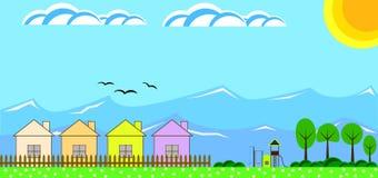 Casas del campo en las montañas con un diseño plano del patio de los niños Foto de archivo libre de regalías