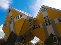 Casas del cubo en Rotterdam Fotos de archivo libres de regalías