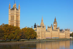 Casas del parlamento en Londres Fotos de archivo