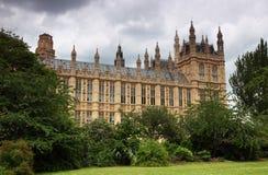 Casas del parlamento o del palacio de Westminster Imágenes de archivo libres de regalías